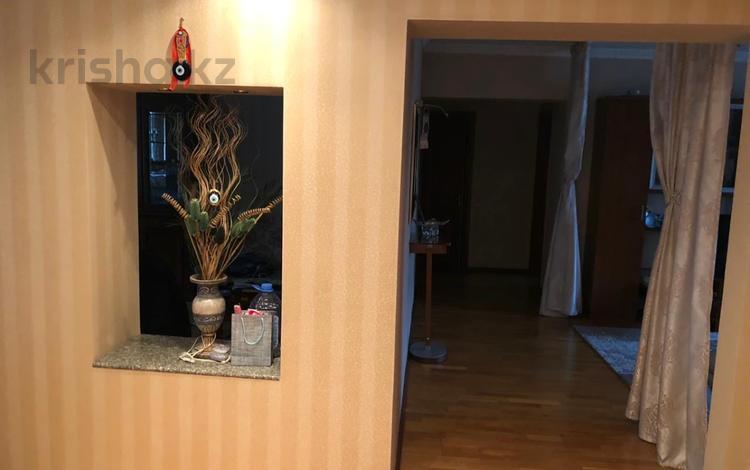 5-комнатная квартира, 130 м², 4/5 этаж, Мауленова — Курмангазы за 59 млн 〒 в Алматы, Алмалинский р-н