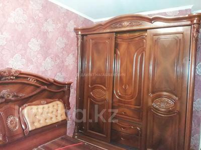 4-комнатная квартира, 82 м², 5/5 этаж помесячно, мкр Тастак-2, Мкр Тастак-2 2 за 130 000 〒 в Алматы, Алмалинский р-н
