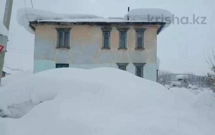 3-комнатная квартира, 57.3 м², 1/2 этаж, Горького 14 за ~ 2.1 млн 〒 в Алтае