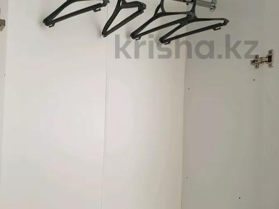 2-комнатная квартира, 60 м², 1 этаж посуточно, 4 микрорайон 31 за 10 000 〒 в Уральске — фото 8