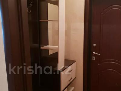 2-комнатная квартира, 60 м², 1 этаж посуточно, 4 микрорайон 31 за 10 000 〒 в Уральске — фото 10