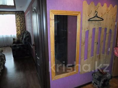 2-комнатная квартира, 50 м², 1/5 этаж посуточно, улица Ескалиева 186 за 12 000 〒 в Уральске