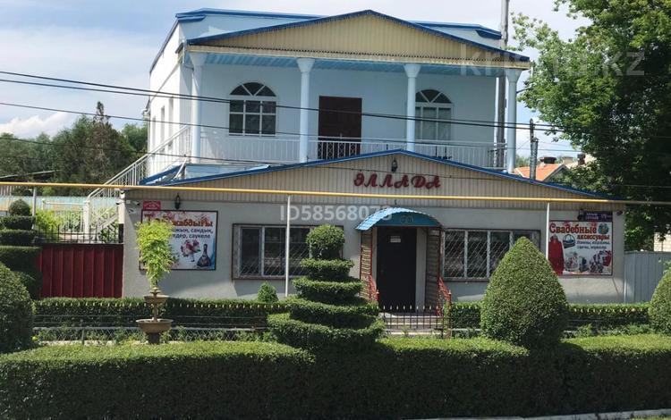 6-комнатный дом, 200 м², 6 сот., Сатпаева 179 за 47 млн 〒 в Шу