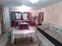 5-комнатный дом, 140 м², 7 сот., улица Жолбарыс Хана Массив Тонкуруш 56 — Сеңкібай проспект Жамбыла за 15 млн 〒 в Таразе