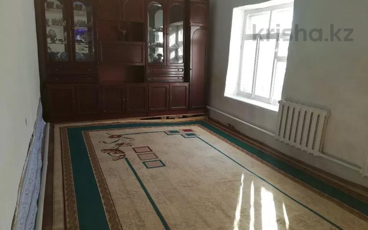 4-комнатный дом, 70 м², 4 сот., Турысова 31а — Токаева за 15 млн 〒 в Шымкенте, Аль-Фарабийский р-н