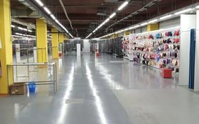 Магазин площадью 1350 м², мкр Кайрат за 2.1 млн 〒 в Алматы, Турксибский р-н