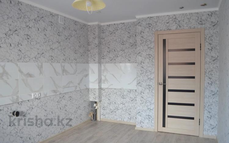 1-комнатная квартира, 41 м², 8/9 этаж, Парфирьева за 15.8 млн 〒 в Петропавловске