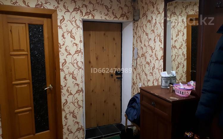 3-комнатная квартира, 64 м², 3/5 этаж, Толстого 86 — Назарбаева за 15 млн 〒 в Павлодаре
