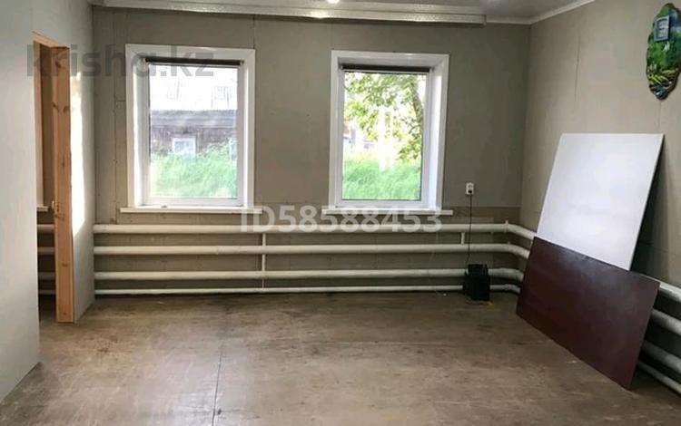 3-комнатный дом, 70 м², 7 сот., 8 марта 18 за 10.5 млн 〒 в Петропавловске
