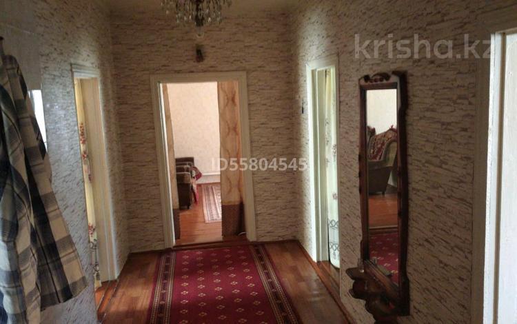 4-комнатный дом, 100 м², 12 сот., Мира за 4.5 млн 〒 в