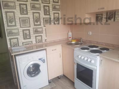 2-комнатная квартира, 50 м², 5/5 этаж посуточно, Гагарина 28 за 9 000 〒 в Жезказгане — фото 7