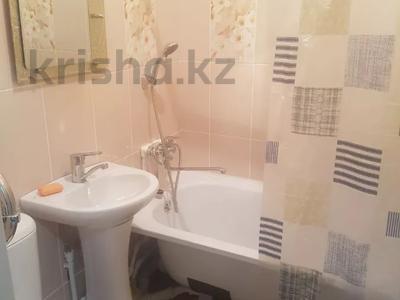 2-комнатная квартира, 50 м², 5/5 этаж посуточно, Гагарина 28 за 9 000 〒 в Жезказгане — фото 8