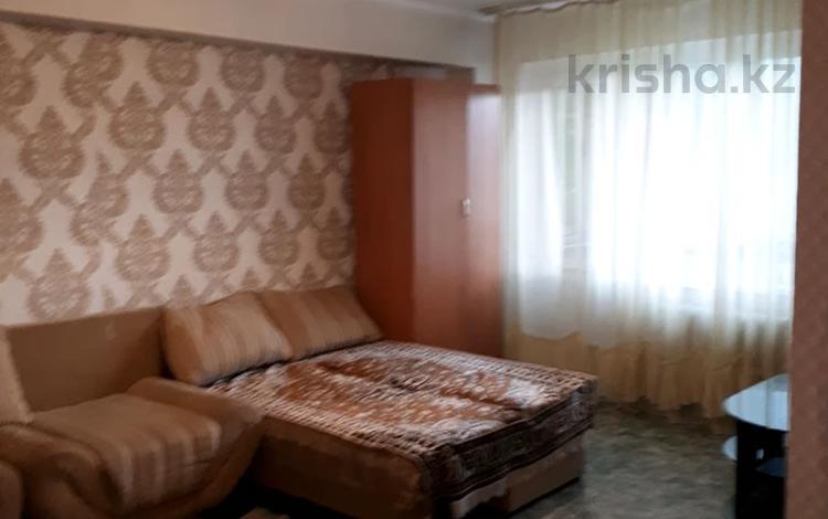 1-комнатная квартира, 32 м², 2/5 этаж, Бурова 41 за 7.9 млн 〒 в Усть-Каменогорске