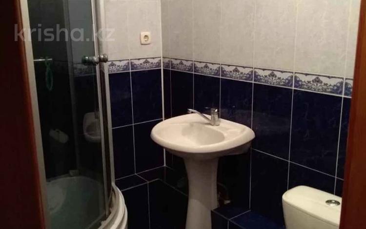 1-комнатная квартира, 32 м², 1/5 этаж, Жамбыла Жабаева за 8.8 млн 〒 в Петропавловске