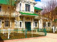 16-комнатный дом, 720 м², 10 сот., Самал 1 за 110 млн 〒 в Уральске
