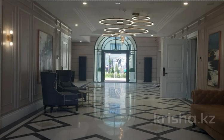 1-комнатная квартира, 83 м², 3/3 этаж, Мкр. Дарын 55 за 67 млн 〒 в Алматы, Алмалинский р-н