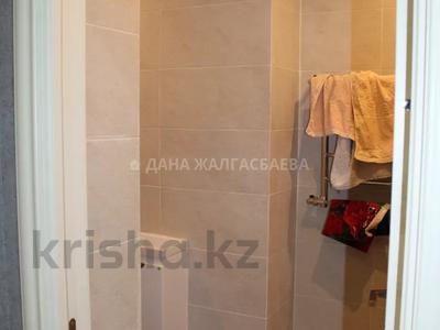 3-комнатная квартира, 101 м², 5/13 этаж, Сакена Сейфуллина 580 — Аль-Фараби за 49.4 млн 〒 в Алматы, Бостандыкский р-н — фото 9