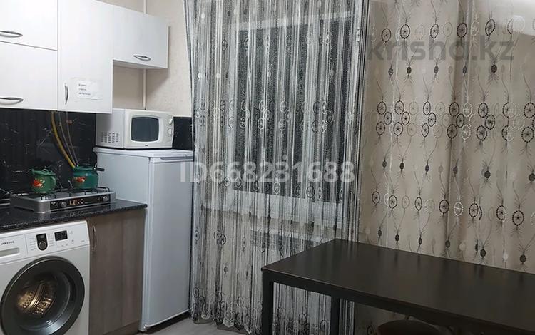 2-комнатная квартира, 47 м², 3/5 этаж посуточно, Байзак батыра 207 В — Койгельды за 8 000 〒 в Таразе