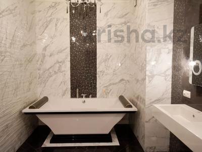 5-комнатная квартира, 200 м², 8/10 этаж, Гагарина 309 — Левитана за 120 млн 〒 в Алматы, Бостандыкский р-н — фото 12