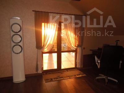 6-комнатный дом, 200 м², 8 сот., Умралиева (Ленина) — Канкурова за 50 млн 〒 в Каскелене