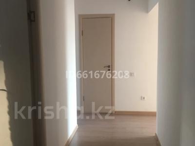 2-комнатная квартира, 62 м², 2/7 этаж помесячно, Бокейхана — Мангилик ел Улы Дала за 130 000 〒 в Нур-Султане (Астана), Есиль р-н — фото 2