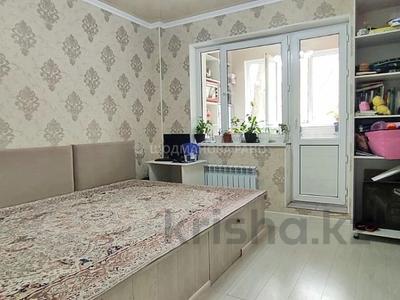 1-комнатная квартира, 33 м², 2/5 этаж, мкр Аксай-3, Момышулы 19 за 16 млн 〒 в Алматы, Ауэзовский р-н — фото 2