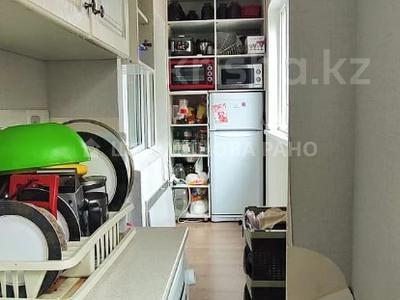 1-комнатная квартира, 33 м², 2/5 этаж, мкр Аксай-3, Момышулы 19 за 16 млн 〒 в Алматы, Ауэзовский р-н — фото 6
