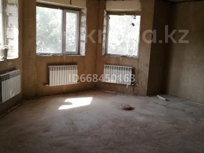 9-комнатный дом, 617.8 м², 8 сот., Старый город, Болашак за 60 млн 〒 в Актобе, Старый город