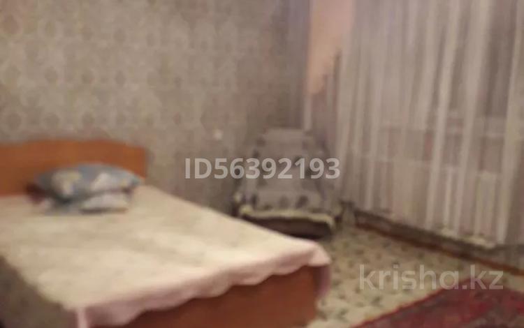 1-комнатная квартира, 55 м², 2/9 этаж посуточно, Глинки 18а — Докучаева за 5 000 〒 в Семее