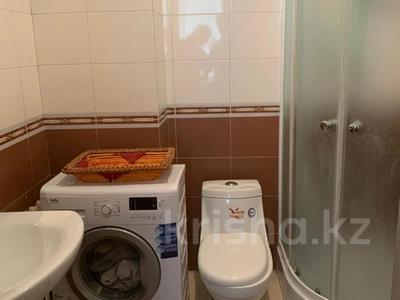 3-комнатная квартира, 90 м², 10/12 этаж, Назарбаева за ~ 22.7 млн 〒 в Талдыкоргане — фото 9