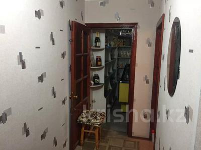 3-комнатная квартира, 64 м², 1/5 этаж, Джангильдина 12Г за 15 млн 〒 в Шымкенте, Аль-Фарабийский р-н — фото 9