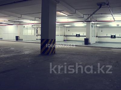 Здание, площадью 4000 м², Алихана Бокейхана 30 п за 125 млн 〒 в Нур-Султане (Астане), Есильский р-н