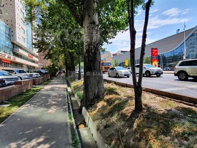 Помещение площадью 200 м², проспект Достык за 2 млн 〒 в Алматы, Медеуский р-н