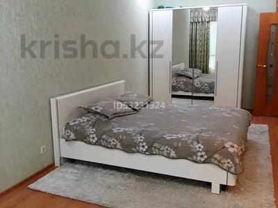 2-комнатная квартира, 120 м² посуточно, 11мкр 112А — Абилкаир хана за 14 000 〒 в Актобе — фото 4