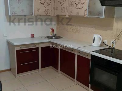 2-комнатная квартира, 120 м² посуточно, 11мкр 112А — Абилкаир хана за 14 000 〒 в Актобе — фото 7