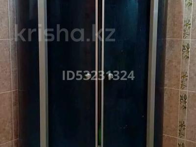 2-комнатная квартира, 120 м² посуточно, 11мкр 112А — Абилкаир хана за 14 000 〒 в Актобе — фото 8