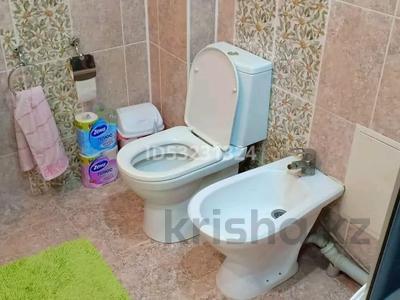 2-комнатная квартира, 120 м² посуточно, 11мкр 112А — Абилкаир хана за 14 000 〒 в Актобе — фото 9
