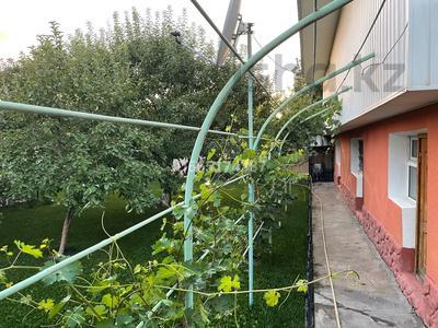 10-комнатный дом, 350 м², 10 сот., Кунаева 27 за 57 млн 〒 в им. Турара рыскуловой