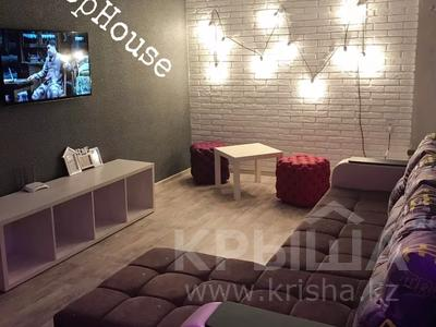 2-комнатная квартира, 50 м², 3/5 этаж посуточно, Проспект Мира 92 — Металлурги за 8 995 〒 в Темиртау
