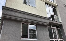 3-комнатная квартира, 65 м², 2/9 этаж, мкр Айнабулак-2 85б за 25.5 млн 〒 в Алматы, Жетысуский р-н