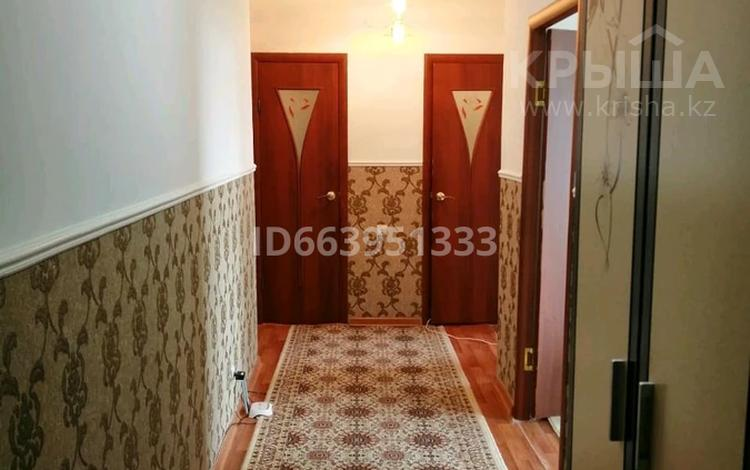 2-комнатная квартира, 62 м², 2/5 этаж, Сырым датова 25 за 13.8 млн 〒 в Атырау