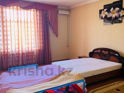 6-комнатный дом, 420 м², 20 сот., Академгородок 20 за 82 млн 〒 в Шымкенте — фото 10