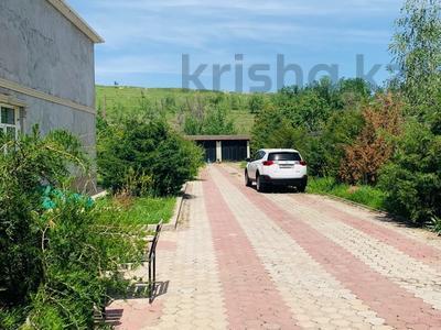 6-комнатный дом, 420 м², 20 сот., Академгородок 20 за 82 млн 〒 в Шымкенте — фото 2