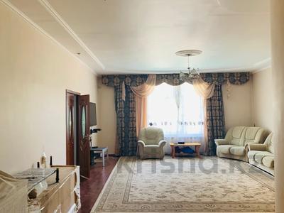 6-комнатный дом, 420 м², 20 сот., Академгородок 20 за 82 млн 〒 в Шымкенте — фото 4