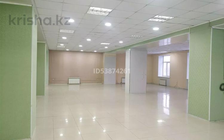Помещение площадью 920 м², улица К. Сатпаева 10 за ~ 1.4 млн 〒 в Актобе