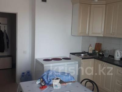 2-комнатная квартира, 72 м², 10/18 этаж, Кайыма Мухамедханова за 26.3 млн 〒 в Нур-Султане (Астана), Есиль р-н — фото 7