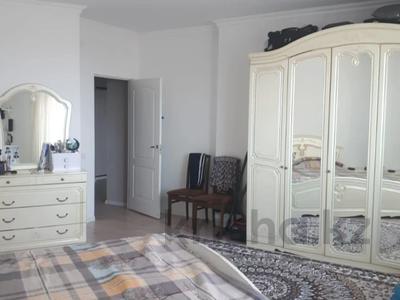 2-комнатная квартира, 72 м², 10/18 этаж, Кайыма Мухамедханова за 26.3 млн 〒 в Нур-Султане (Астана), Есиль р-н — фото 12