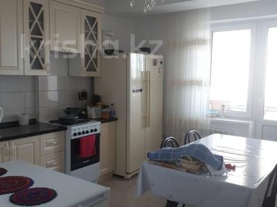 2-комнатная квартира, 72 м², 10/18 этаж, Кайыма Мухамедханова за 26.3 млн 〒 в Нур-Султане (Астана), Есиль р-н — фото 13