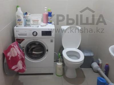 2-комнатная квартира, 72 м², 10/18 этаж, Кайыма Мухамедханова за 26.3 млн 〒 в Нур-Султане (Астана), Есиль р-н — фото 19