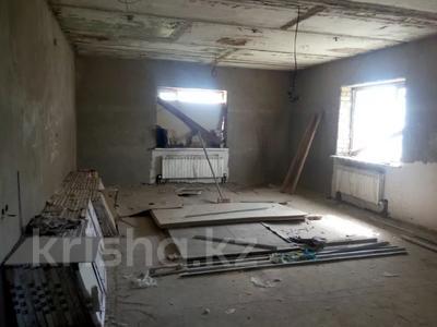 6-комнатный дом, 240 м², 10 сот., Макатаева 6 за 36 млн 〒 в Косшы — фото 12